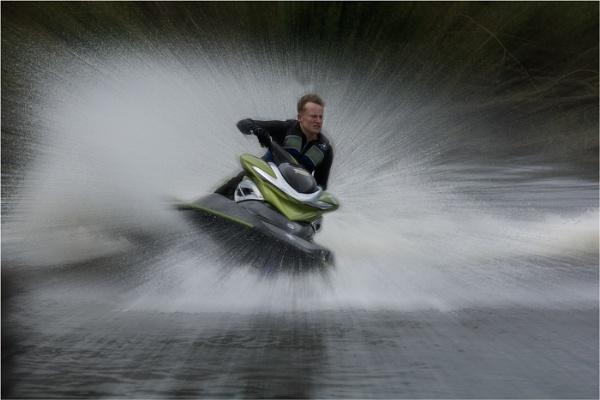 Jet Ski by dven