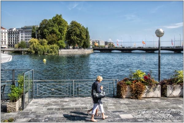 Promenade du Lac & ÃŽle Rousseau by TrevBatWCC