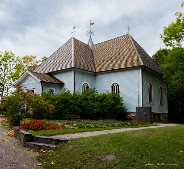 Mustio church .