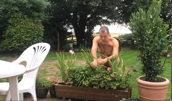 Natures Gardener by freewilluk