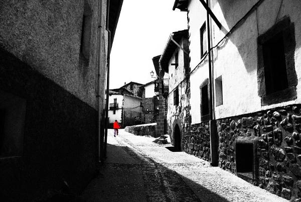 En mi pueblo. by femape