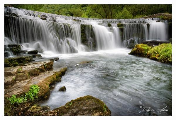 Monsalhead Waterfall by ROB1972