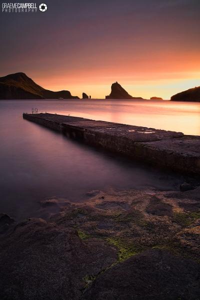 Sørvágsfjørður by gcfotographos