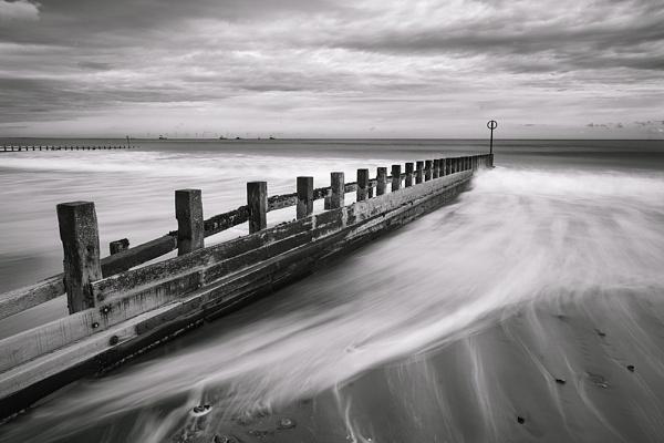 Rough seas by Dallachy