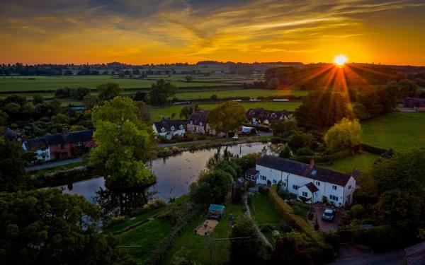 The final sunbeams by Stevetheroofer