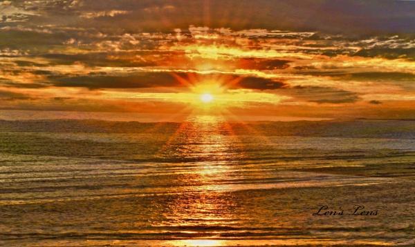 Sunset by Lencollard