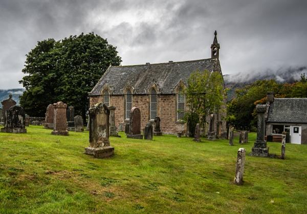 Scottish Kirk in autumn by Ingymon