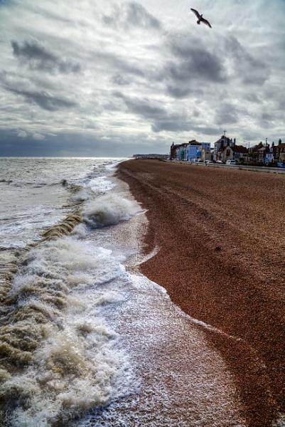 Windy Waves by Rod20