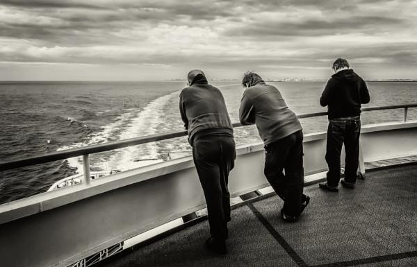 on the sea by mogobiker