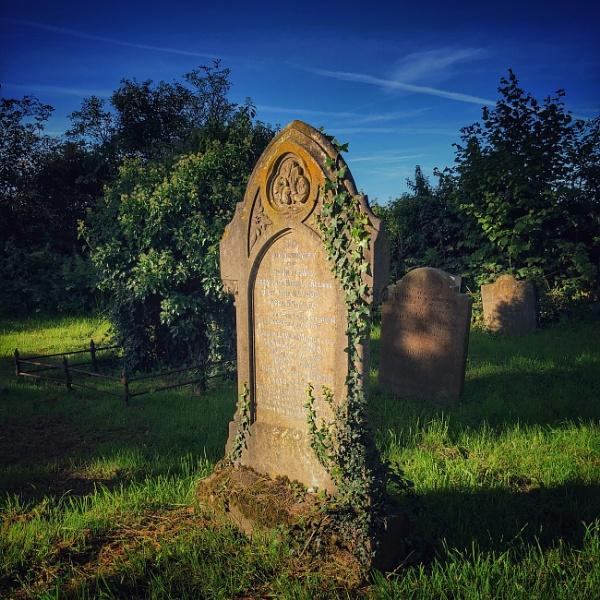 Welsh Grave by Merlin_k