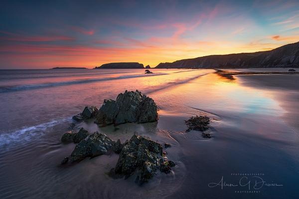 Sunset at Marloes Sands by Tynnwrlluniau
