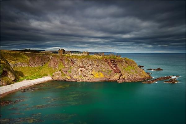 Dunnottar Castle by jeanie