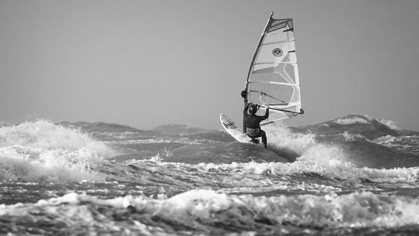 Storm Surfer @ sea by Drummerdelight