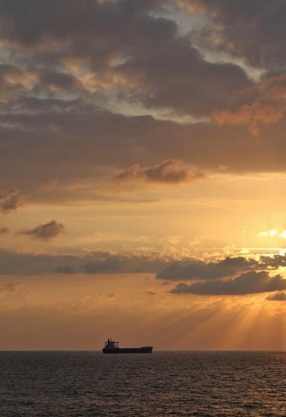 Golden Sunset by SHR