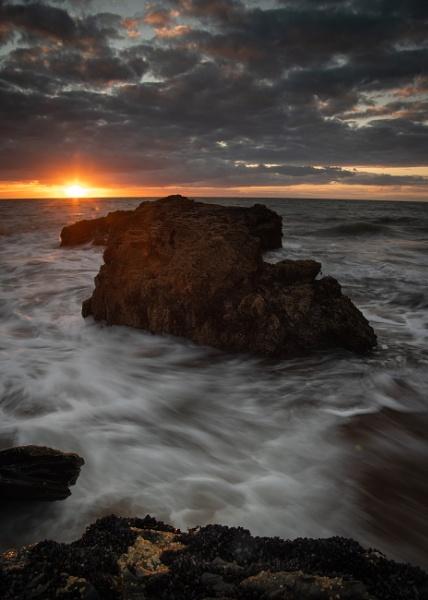 Llangrannog Sunset by cardiffgareth