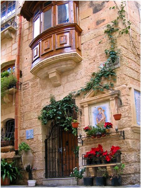 "\"" Rabat, Malta and Christmas \"" by badgerwil70"