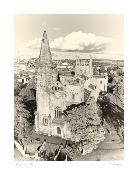 Dunfermline Abbey by paul_gaughan