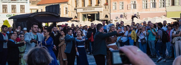 Dancing in the street by cats_123