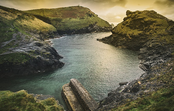 Boscastle Harbour by davelich