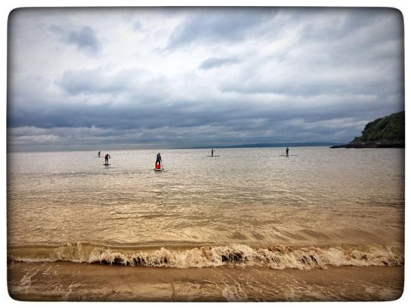 SUP's leaving shoreline  by Trish53