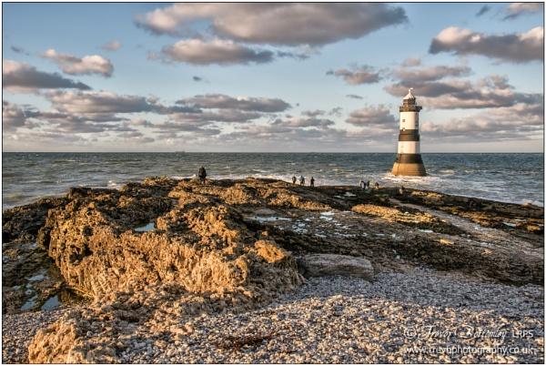 Trwyn Du Lighthouse by TrevBatWCC