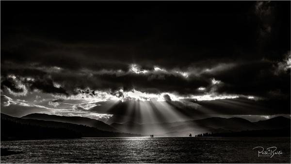Light Rays in the Glens