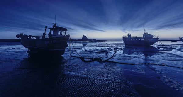 Lindisfarne, Blue hour by pink