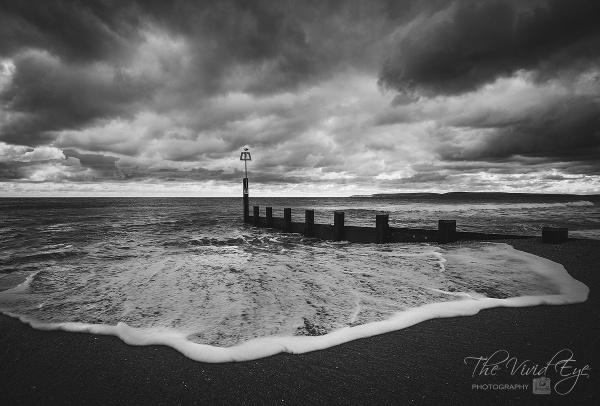 The Sea Rolls In by MartinWait