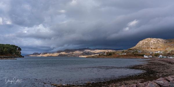 Shieldaig Village... by Scottishlandscapes