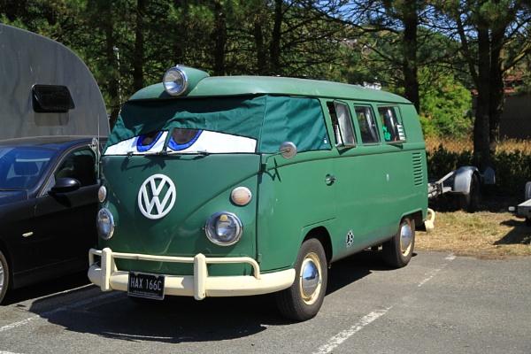 vw bus by alec123