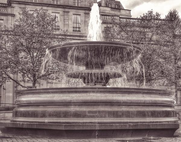 Fountain  by KrazyKA