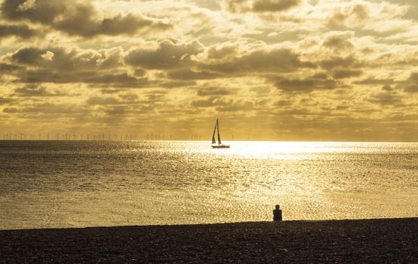 Brighton Beach by paul58