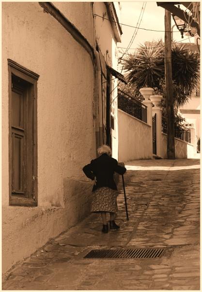 Street\'s of Vathi. by lifesnapper