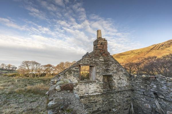 Lochranza Ruin by pink