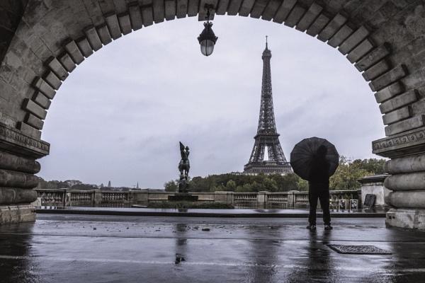 Il Pleut by CraigWalker