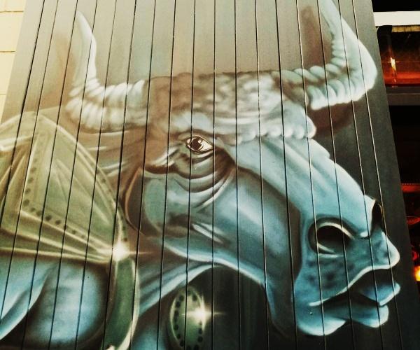 Urban Bull ... by Chinga