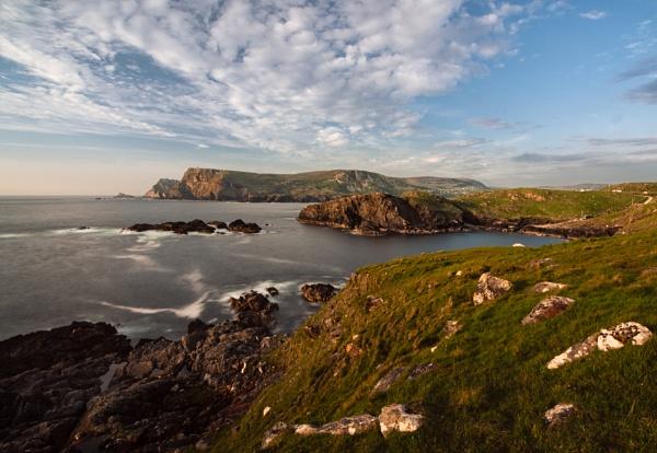 Malin More, Donegal, Ireland by BobinAus