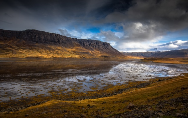 Roadstop Iceland by Legend147