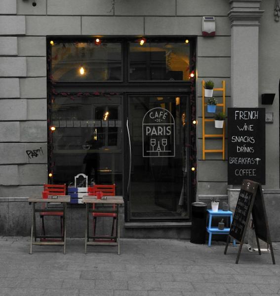 Cafe de Paris by Danas