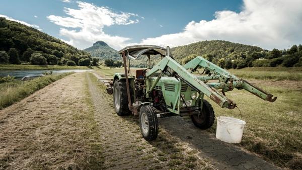 traktor by Maratony