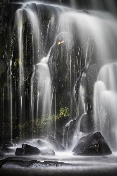 Phantom Falls by barrywebb