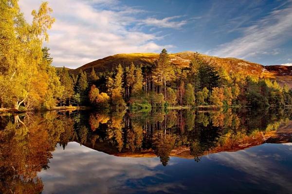 Glencoe Lochan by stokesy