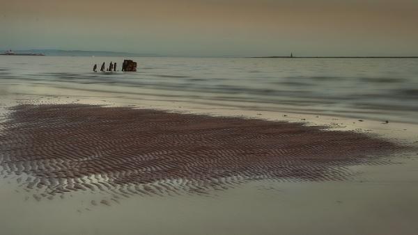 Ardrossan Beach by AndrewAlbert