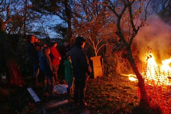 Village garden bonfire night by HobbitDave