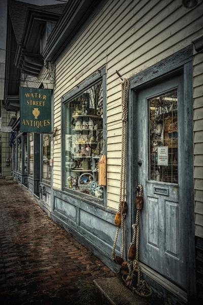 Antique shop by CanonMan