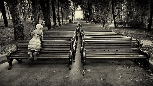 bench hibernation by leo_nid