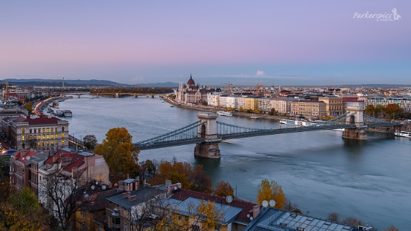 The Danube, Budapest by Parkerspics