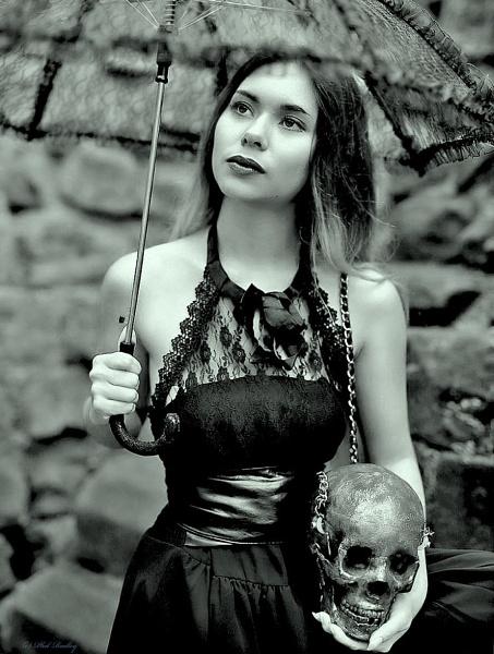 Gothic mono. by mex