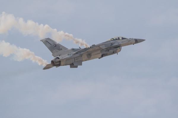 F-16 by WorldInFocus