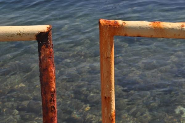 Rust & Water by Chinga